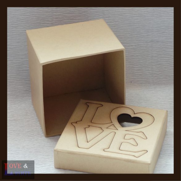 Kocka alakú doboz egyedi mintával