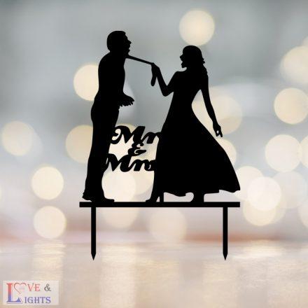 Vicces esküvői nászpár mintás tortadísz