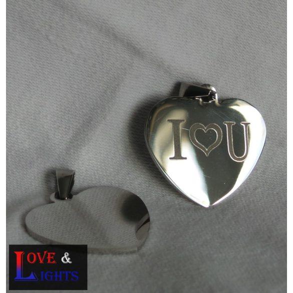 Szív alakú medál, gravírozva