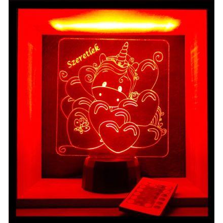Unikornis szívecskék között mintás lámpa