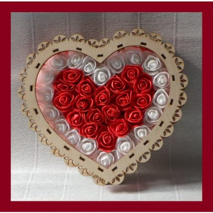 Szív alakú örök rózsa box