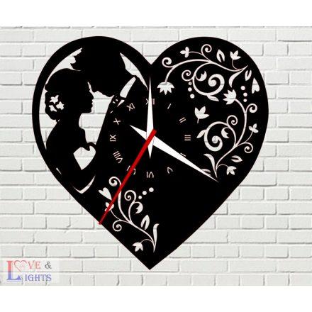 Szív alakú óra