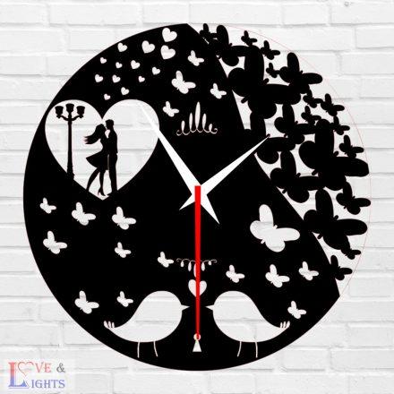 Pillangó mintás fali óra