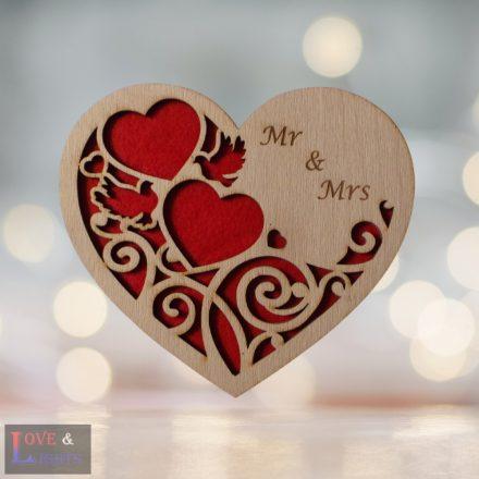 Egyedi feliratos szív alakú fa gyűrűtartó
