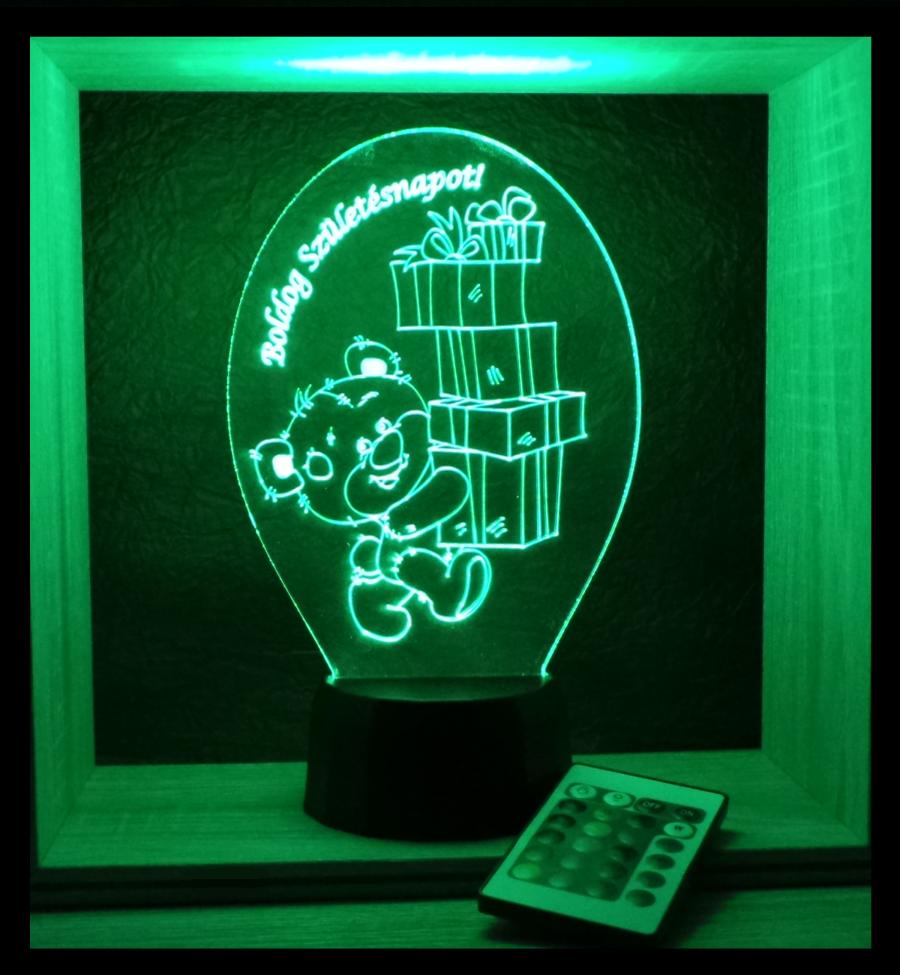 Maci mintás lámpa egyedi felirattal Love and lights